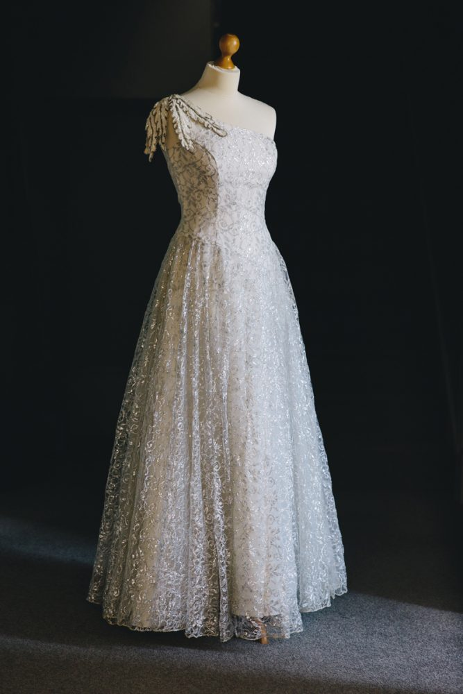 Vintage-wedding-dress-newcastle-antonia-2