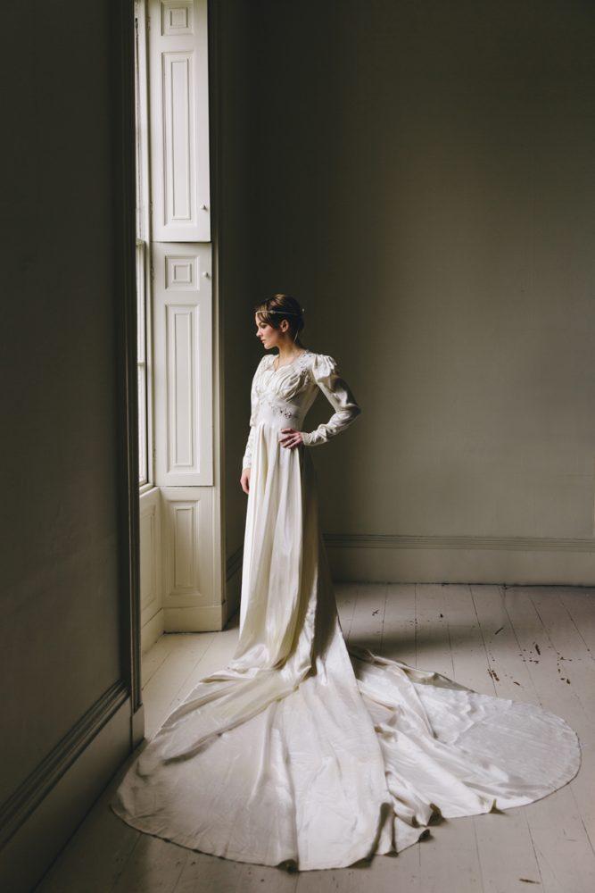 Pieces_1940sweddingdress1
