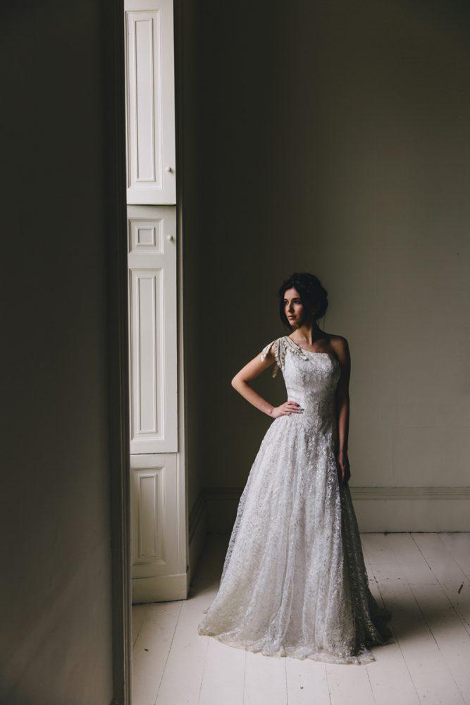 Piecesvintageweddingdress_Antonia1