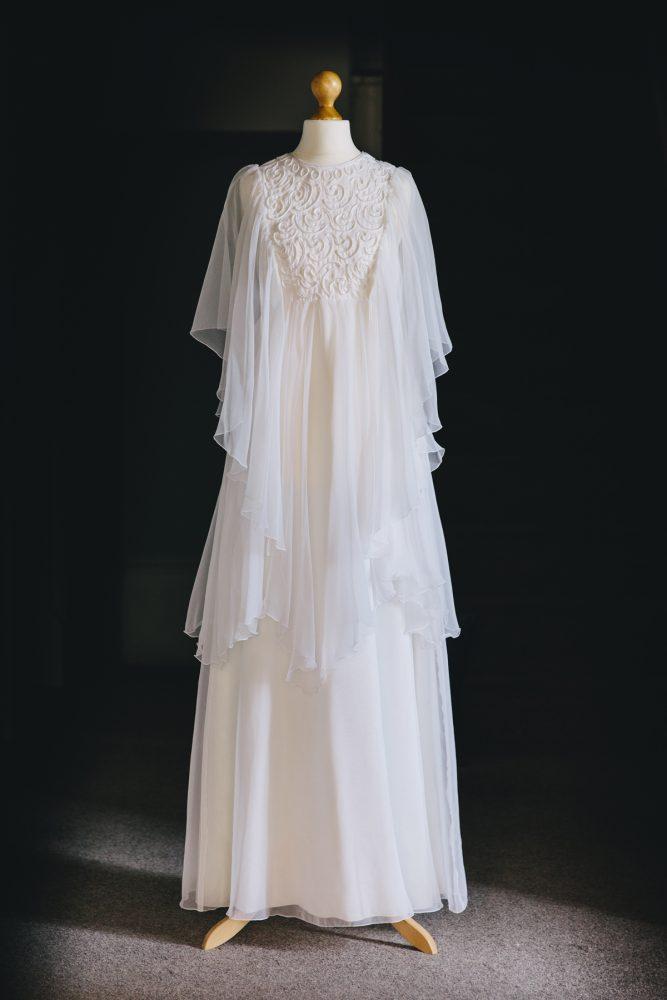 Vintage-wedding-dress-mia-1